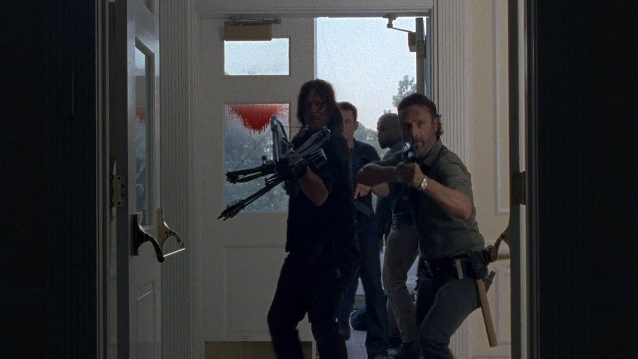 Download TWD S8E2 - Infiltrating the Saviors' Outpost (1/3)