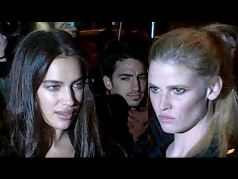 Irina SHAYK & Lara STONE @ Paris 2 october 2016 Fashion Week show Givenchy