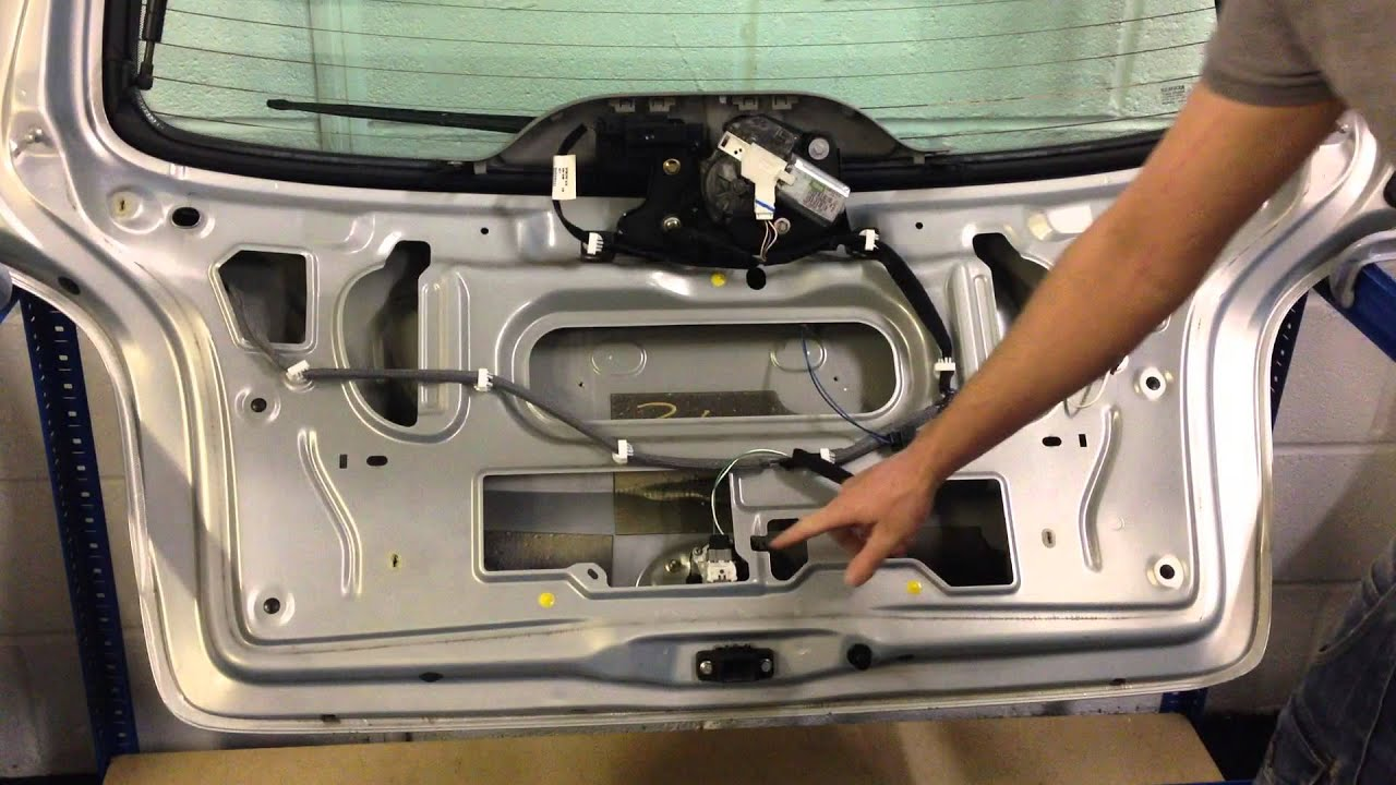 Scenic Mk1 Fuse Box Simple Guide About Wiring Diagram Renault Megane For Sale Boot Tailgate Lock Rear Button Rh Youtube Com