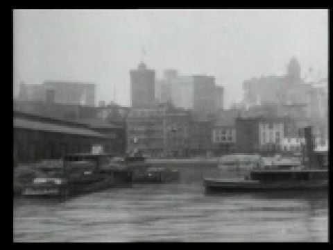 East River Waterfront and Brooklyn Bridge 1903