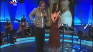 Volkan Konak ve Şevval Sam-Karşılıklı Potpori.mp4