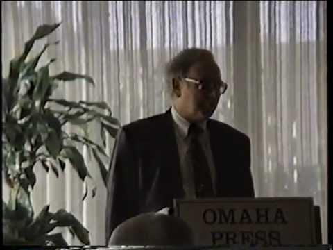 Mr. Buffett the Teacher: Warren Buffett Speaks to the Omaha Press Club (1992, Exclusive)