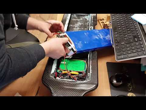 Evolve Carbon GT 18650 Battery Upgrade Installation - YouTube