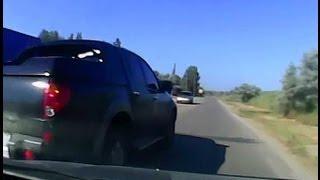 Лихач на джипе чуть не спровоцировал аварию (видеорегистратор)