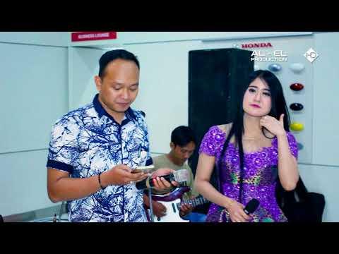 Dangdut Koplo Rena Music - Dinding Kaca - Nafi & Nadhia - Honda Pati Jaya - Edisi Oktober 2017