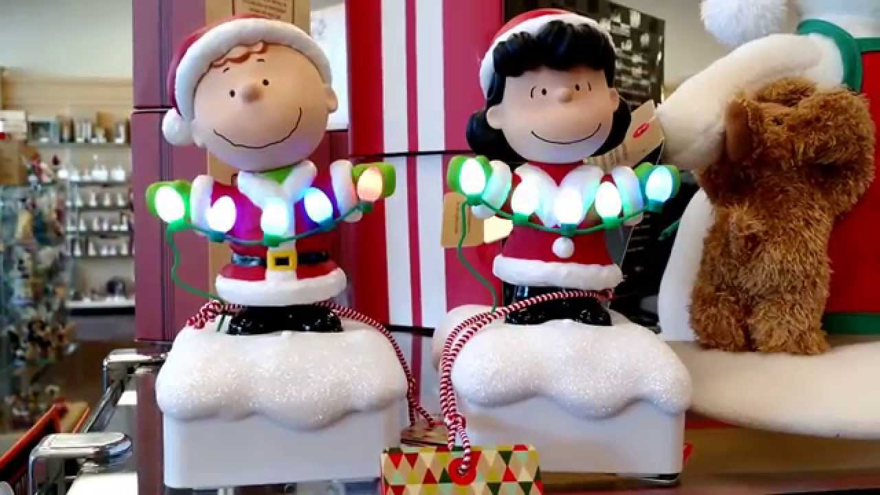 Charlie Brown and Lucy from the Peanuts Christmas Light Show ...