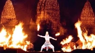 Behind The Stage - The BURNING FIRE - Ramayana Ballet Prambanan Indonesia [HD]