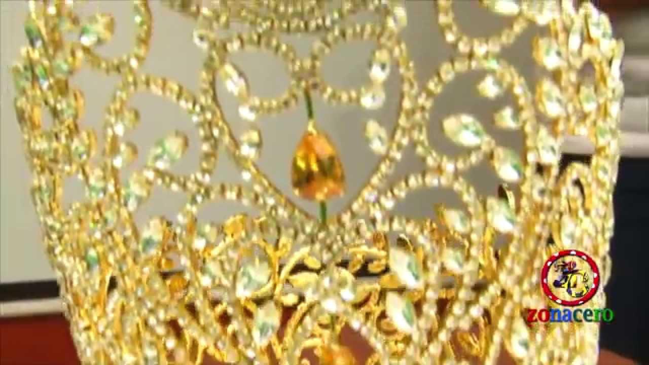 Entrega De La Corona A La Reina Del Carnaval 2015 Youtube