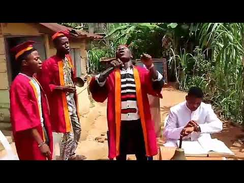 "Woli Agba's choir sings ""Wo Jesu"" part one"
