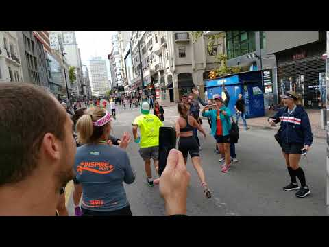 Camila Nogueira na Maratona de Montevidéu - Inspirerun