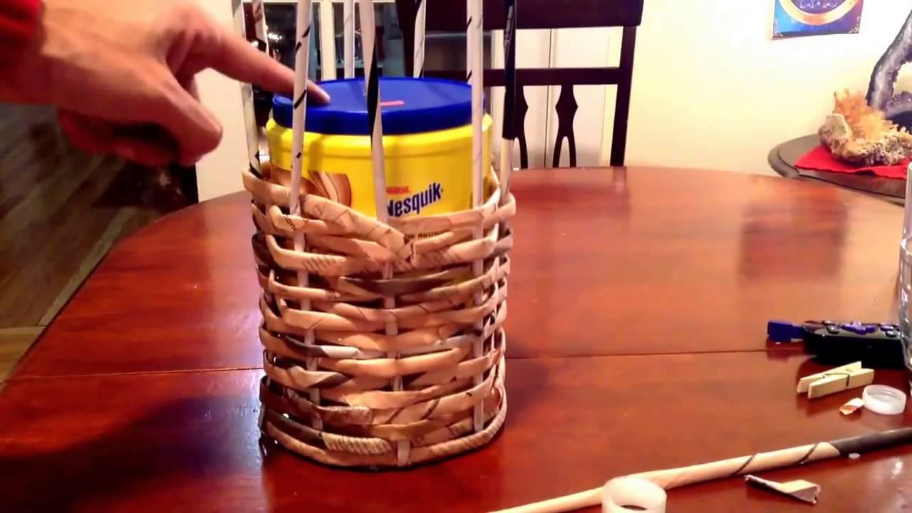 Como hacer una canasta de papel periodico basket of newspaper youtube - Hacer cestas con papel de periodico ...