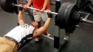 440 lb max bench press at 5'10 and 212 pounds