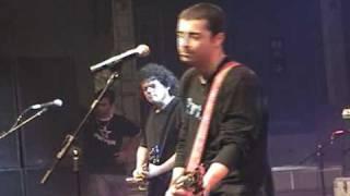 Stereobox - Um dia sem você ( Festa 8 anos Rádio Pop Rock 2005)