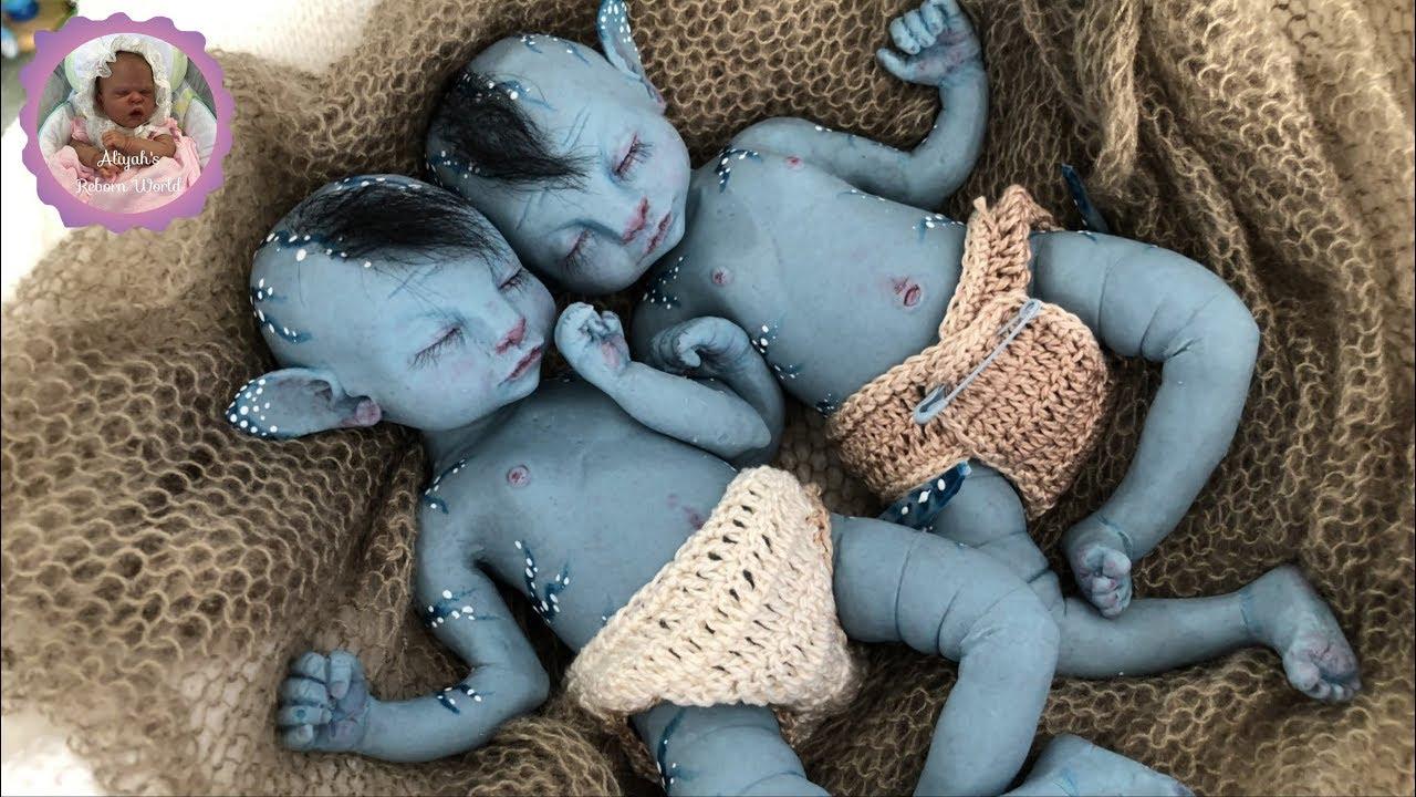 Amazing Silicone Baby Box Opening Avatar Baby Twins