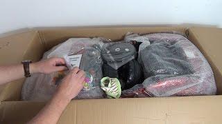 Огромная посылка с Taobao. Машина и подарки(Машина куплена за 418 юаней ($67, 4400 руб). Управлять машиной можно с пульта или сидя в салоне. Из салона можно..., 2015-02-10T13:25:14.000Z)