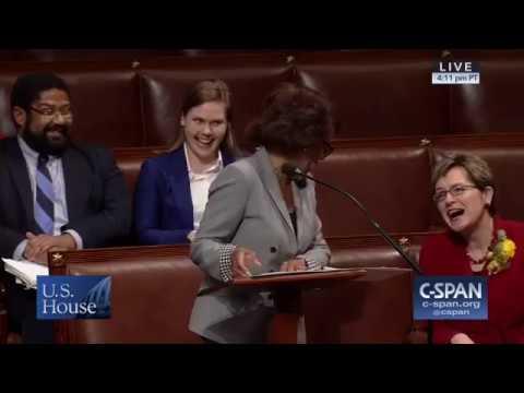Maxine Waters surprises Marcy Kaptur, honoring her as longest serving woman in House history