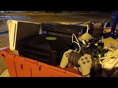 JACKPOT DUMPSTER DIVING! - XBOX, PS2, Wii @ more | OmarGoshTV