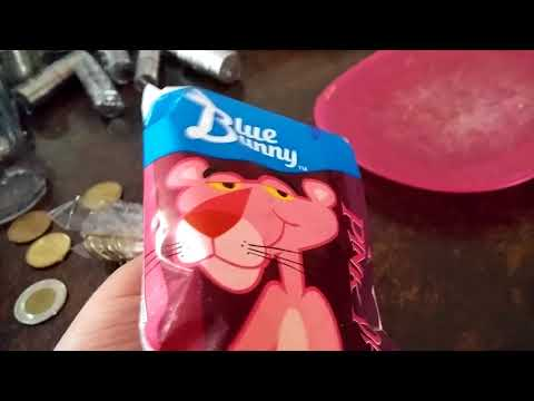 Blue Bunny Pink Panther Ice Cream Bar Review