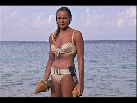 In the mood for Bond Girls (Montage 1995)