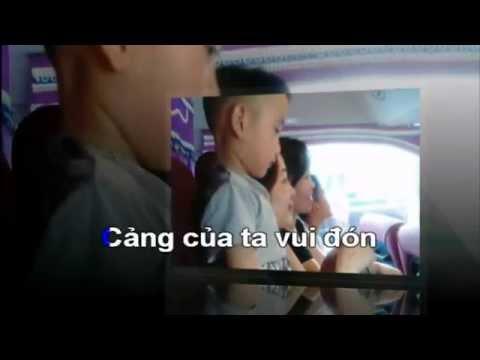 Karaoke Ben cang que huong toi