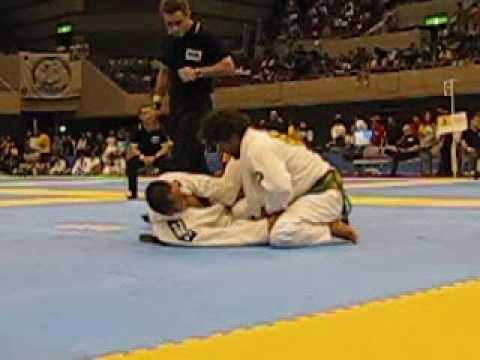 7 x World champ - Robson Moura vs Makoto Ikuta (Trust JJ)