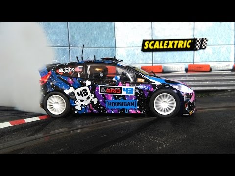 Mini-gymkhana: Ford Fiesta WRC Ken Block (Scalextric-SCX)