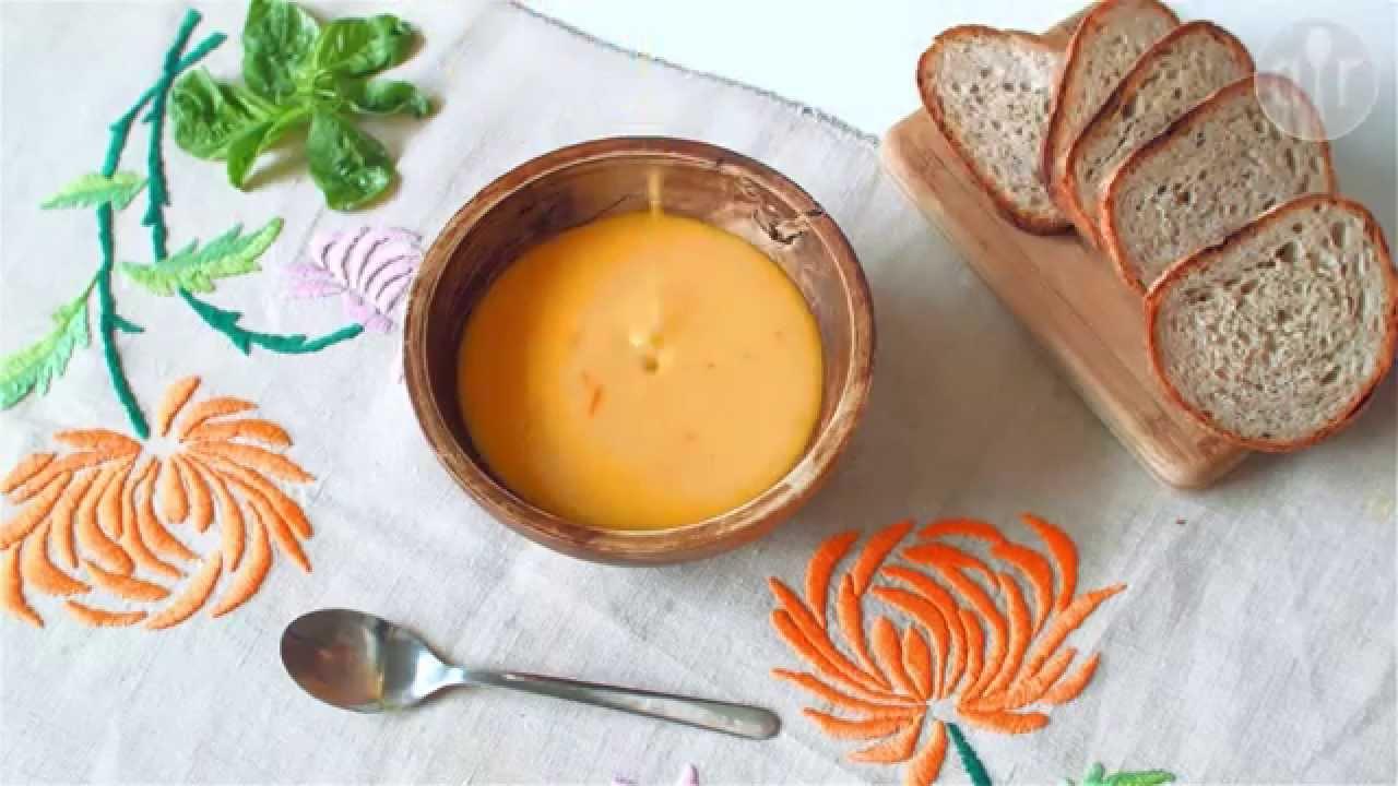 Jak zrobić zupę dyniową z mleczkiem kokosowym
