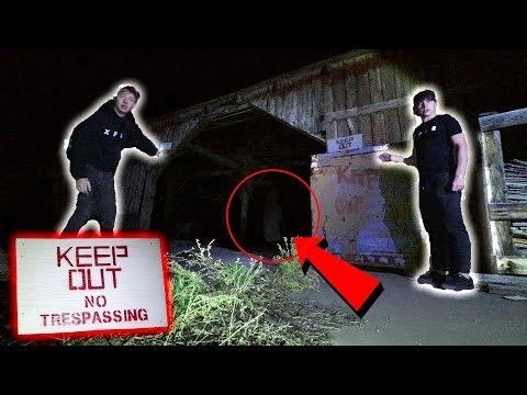 EXPLORING HAUNTED FIELDHOUSE AT NIGHT (La Llorona Ghost)
