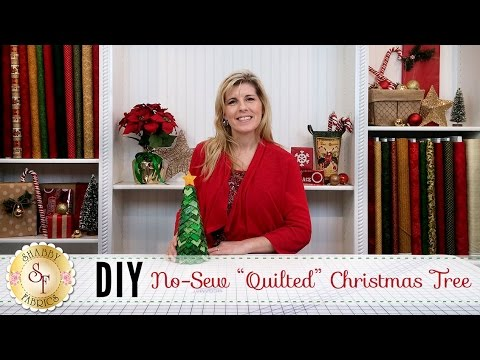 "No-Sew ""Quilted"" Christmas Tree | a Shabby Fabrics DIY Craft Tutorial"