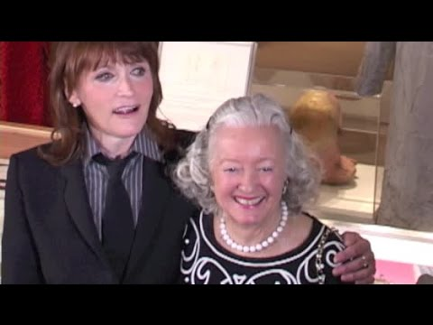 2 LOIS LANEs MEET   NOEL NEILL greets MARGO KIDDER at Superman tional party