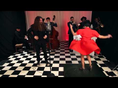 Sweet Child O' Mine - Postmodern Jukebox : Reboxed Cover ft. Casey Abrams