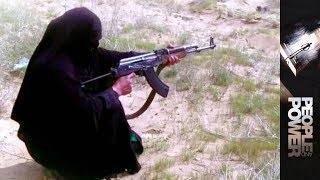 People & Power - Afghanistan: Bullets And Burqas
