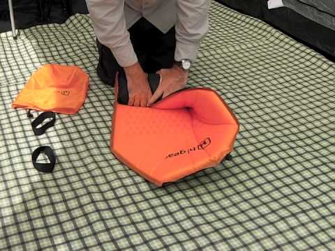 How To Roll Up A Self Inflating Mat Sim Youtube