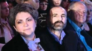 Валерий Леонтьев - А любовь жива (Песня года 2010)