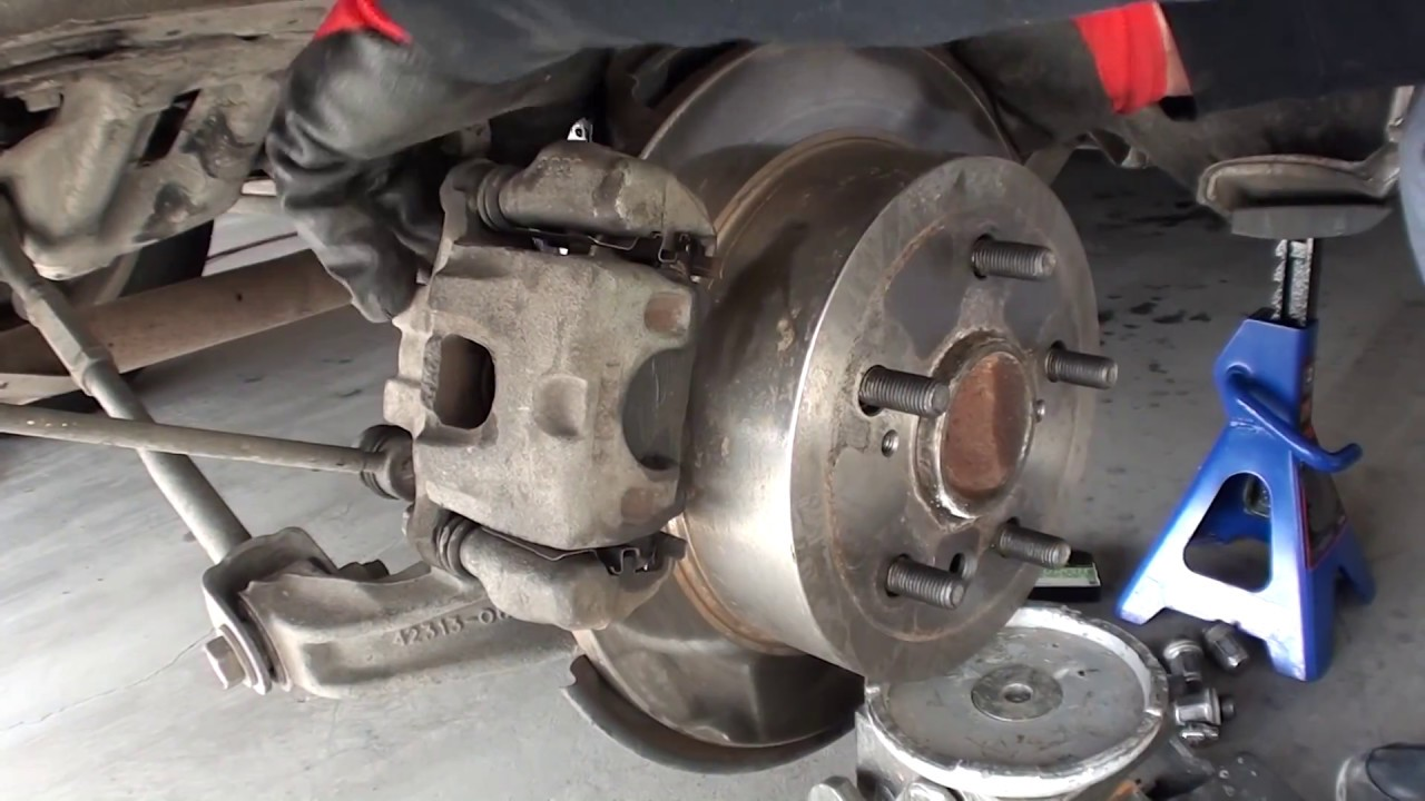 Download 2005 Toyota Camry LE Rear Strut Removal