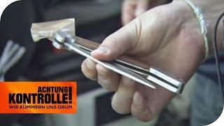 Transporter aus Wien: Hat er ein verbotenes Messer dabei? | Achtung Kontrolle | kabel eins