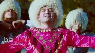 "Sohbet Jumayew  - Aisha  ""Lezginka"" (official video bizowaz.com)"