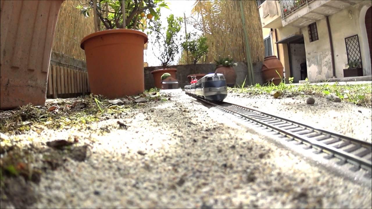 Treno da giardino in scala h0 etr 401 lima youtube - Scala da giardino ...