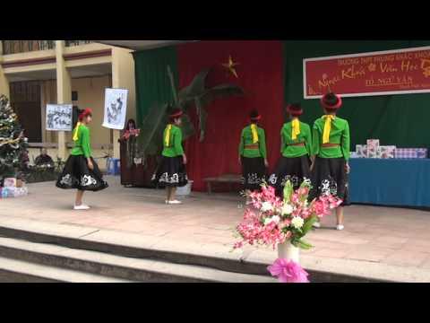 Tiết mục múa đi cấy - dân ca Thanh Hóa - Ngoại khóa văn học dân gian - PKK 2013