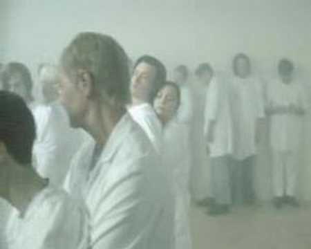 Клип Johnossi - Man Must Dance
