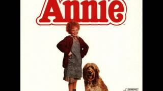 (Annie Soundtrack) Little Girls