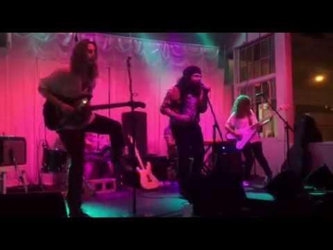 The Sun Machine - On The Rocks (Live) @ Swan Dive, Austin
