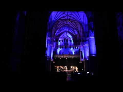 "Neue Vocalsolisten / 8. Festiwal Kultur Świata ""Okno na Świat"" / 8 listopada 2013"