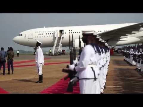 Réveil-FM: Arrivée du PM Manuel Valls à Accra au Ghana à bord de France Air Force One