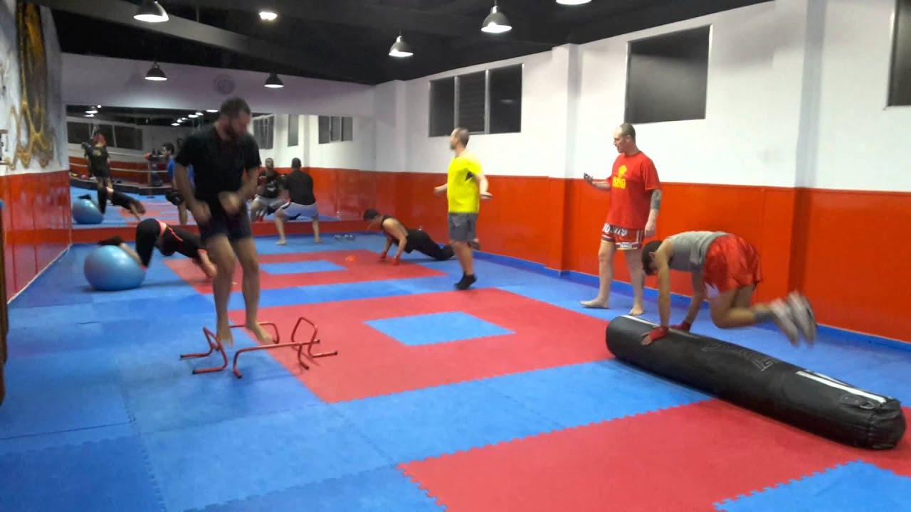 Box gym entreno funcional para todos los publicos youtube for Gimnasio 7 de fitness badalona