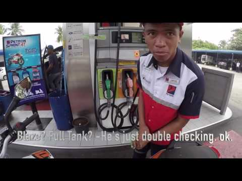 GakiMoto 007 : I spend P500 on gas every month! : KTM Duke