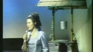 Loretta Lynn -- Woman Of The World (Leave My World Alone)