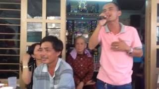 Tiếng đàn Ninh Thuận ( Guitar : Bá Phận - Kìm : Quang Hiệp ( Tiếng ca Thanh Danh )