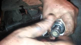 Работа механизма ручника в поршне суппорта Girling D36.Ауди.