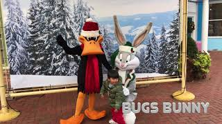 Looney Tunes Theme Song w/ Characters Meet & Greet